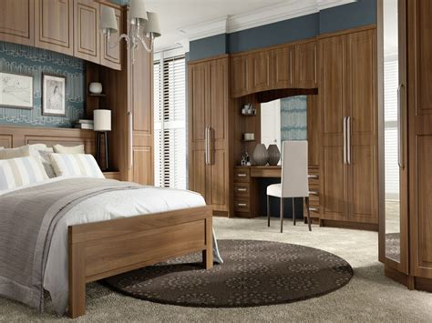 Bedroom Wardrobes With Dressing Table by Bedroom Wardrobe With Dressing Table Fitted Wardrobes