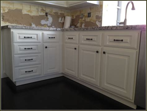 lowe kitchen cabinets lowe kitchen cabinet refacing home design idea ideas of