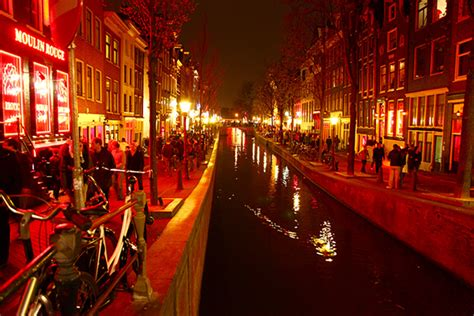 Amsterdam Light District Prices by 6 Best Boat Tours To Take In Amsterdam Ihg Travel