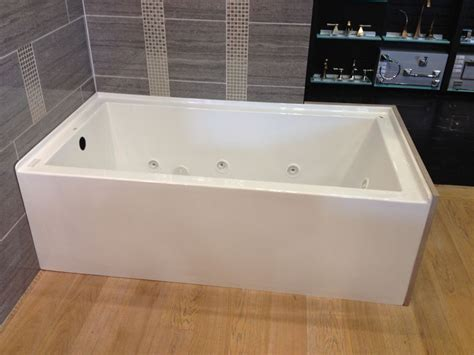 mirabelle bathtub mirabelle bradenton tubs this is the one we saw buy mirabelle mireds6030l edenton 60