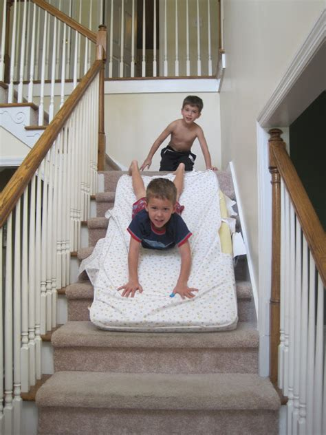 Mattress Slide by When The Are Sleeping