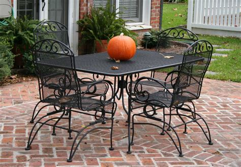 Metal Outdoor Patio Furniture Metal Mesh Patio Furniture With Black Color Theme Home Interior Exterior