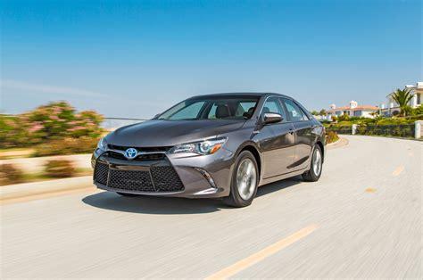 Toyota Hybrid Camry 2015 2015 Toyota Camry Hybrid Test Motor Trend