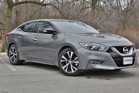 Kia Vs Nissan by 2016 Kia Cadenza Vs 2016 Nissan Maxima Autoguide News