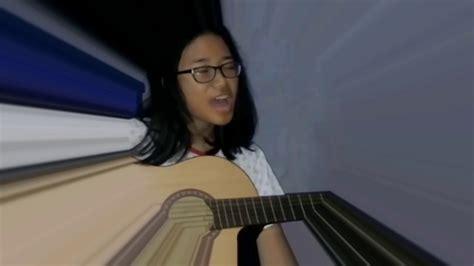 Anisya Maxy berkat gitar tuner anisya cukup belajar 1 jam cover