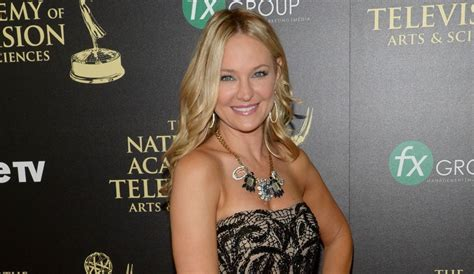 sharon case pregnancy 2015 is sharon case pregnant 2015 newhairstylesformen2014 com