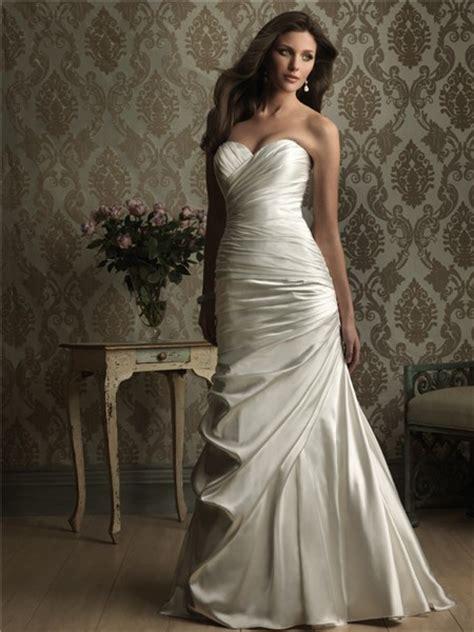 simple mermaid sweetheart ruched wedding dress