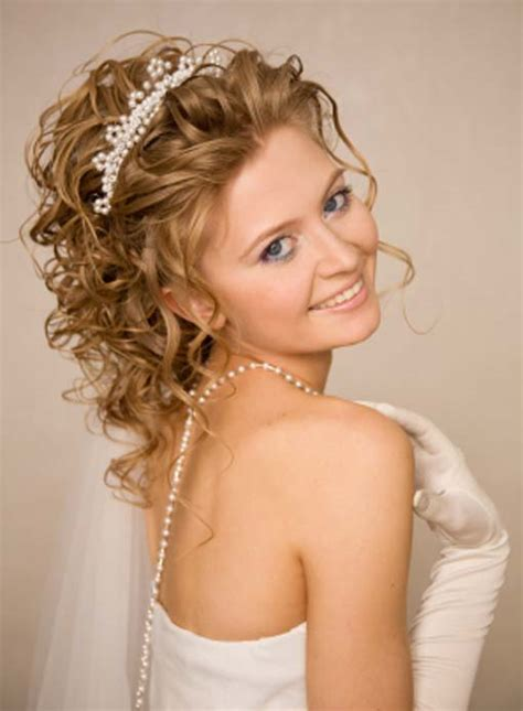 Wedding Hairstyles For Curly Length Hair by Medium Hairstyles For Curly Hair