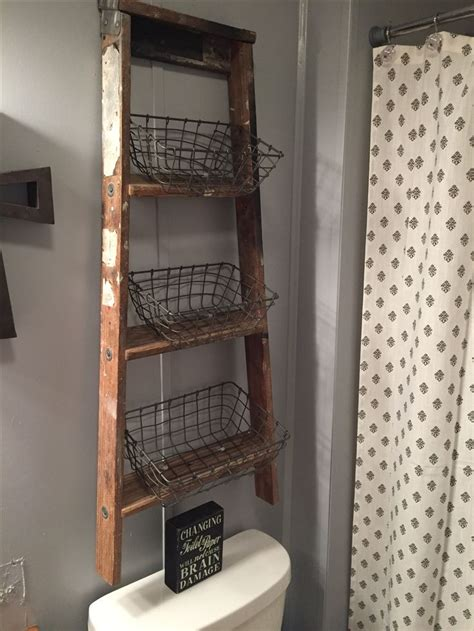 bathroom decorating with old ladder best primitive bathroom decor ideas on pinterest primitive