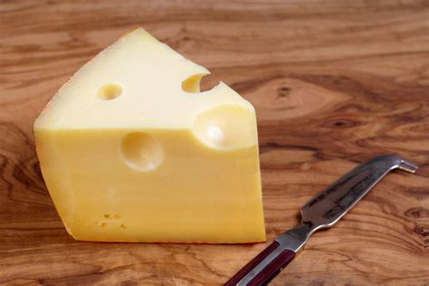 gruy 232 re a nutty melty swiss cheese great for fondue