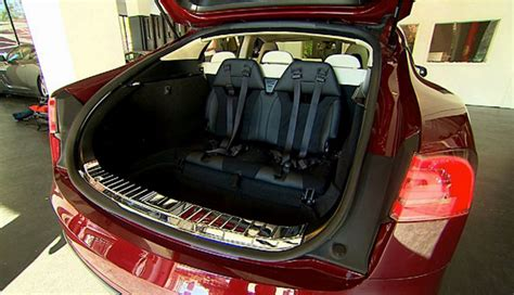 Tesla Model S Seating Tesla Model S Rear Facing Child Seats Lead To False
