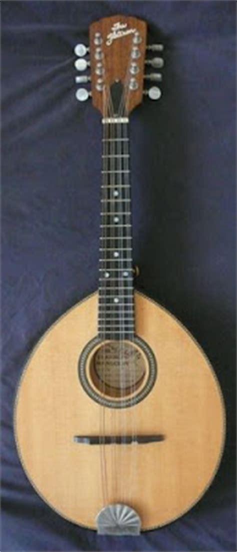 Sarah Pygmalion's Garage Sale: 1994 Flatiron 3MB Mandolin