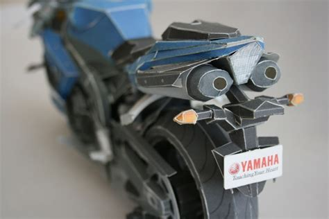 Papercraft Yamaha - pin papercraft yamaha yzf r1 on
