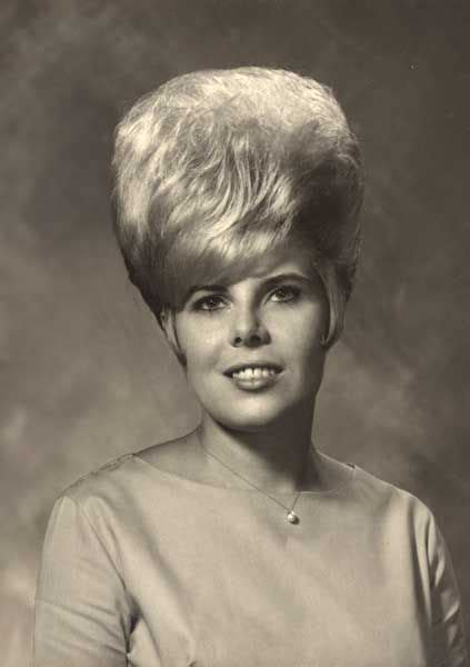 1960 black hairstyles 99 best 1960 s hairstyles images on pinterest hair cut