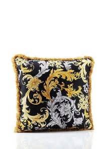 cuscini versace 12 best versace pillows collection images on