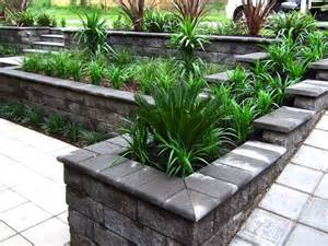 Small Front Garden Ideas Australia 17 Best Images About Retaining Wall Ideas On Gardens Raised Beds And Front Gardens