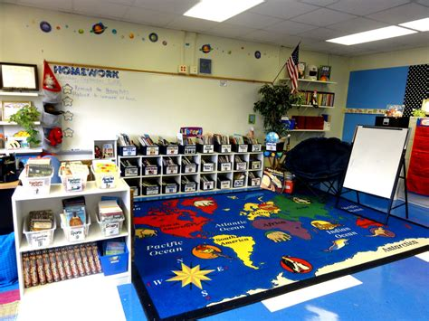 classroom layout ideas for second grade 3rd grade classroom group meeting area classroom