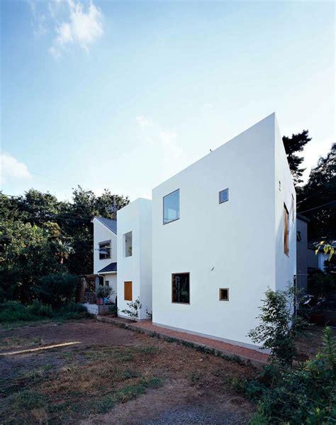 inside house outside house by takeshi hosaka architects inside house outside house by takeshi hosaka architects
