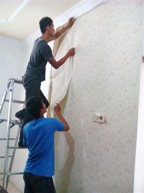 Kertas Pelapis Tembok Pemasangan Walpaper Murah