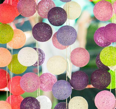 decorar paredes con fotos y luces 10 ideas para decorar con guirnaldas de luces