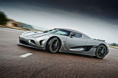 koenigsegg agera r wallpaper koenigsegg agera r wallpapers high quality download free