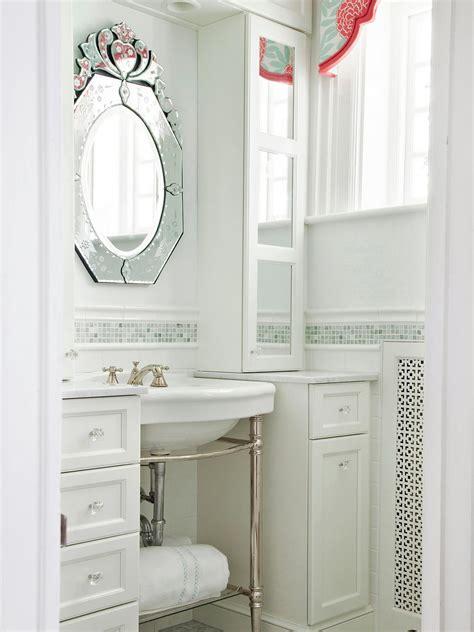 Hgtv Bathroom Designs Small Bathrooms by Small Bathroom Decorating Ideas Bathroom Ideas Designs