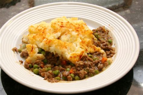cottage pie recipes cottage pie recipe with beef and mashed potato topping