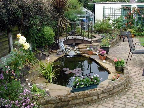 backyard small pond small garden ponds designs backyard pond gardening