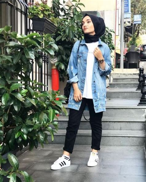 Coat Mocca Pakaian Muslimah Modis Fashion Muslim how to wear the oversized jean jackets with just trendy hijabi
