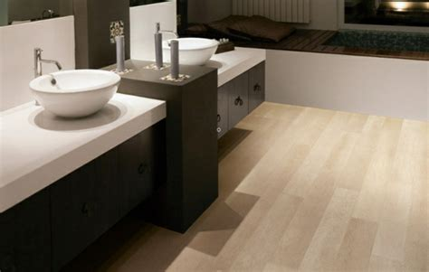 Fliesen Holzoptik Weiß by Badezimmer Badezimmer Fliesen Holzoptik Gr 252 N Badezimmer