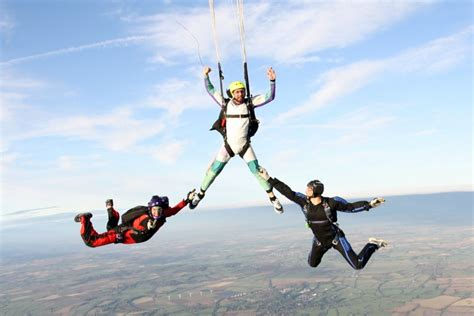 freefalling the courage to jump start your books skydiving lesson gift vouchers the ultimate experience