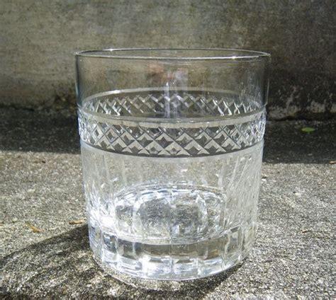 manhattan glasses barware 6 vintage manhattan glasses etched glass barware