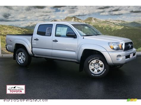 toyota tacoma silver 2011 toyota tacoma v6 trd double cab 4x4 in silver streak