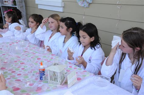 spa party ideas for girls hippojoys blog super chic birthday party ideas for girls hippojoy s blog