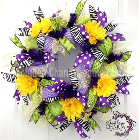 how to make mesh wreaths with two colors how to make a summer deco mesh wreath with two colors