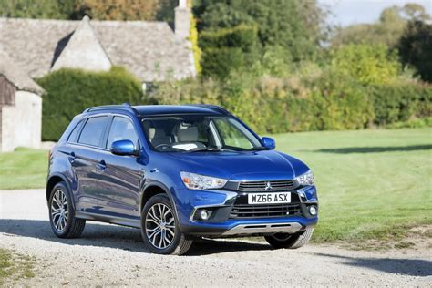 mitsubishi asx 2017 2017 mitsubishi asx priced from 163 15 999 in the uk types cars