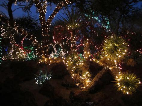 unique outdoor christmas decorations garden ideas