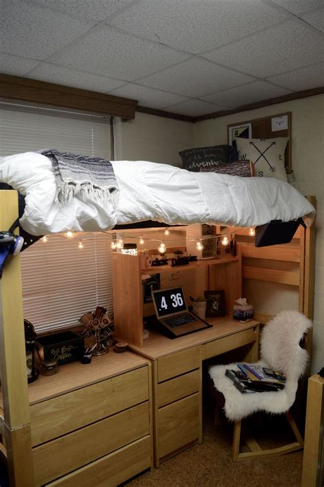 College Room by Best 25 College Rooms Ideas On Stuff Ideas And College Dorms