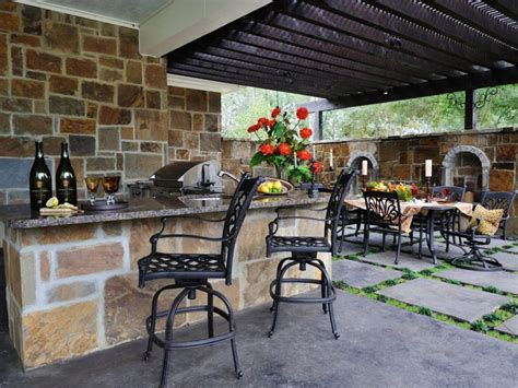 outdoor kitchen ideas and how to site it right traba homes how to organize a summer kitchen tips ideas and photos