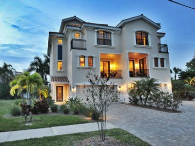 4 story houses the blue serenity steps to the beach and a vrbo