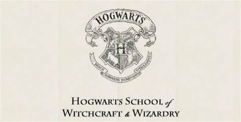 Hogwarts Acceptance Letter Crest You Can Now Take Classes At Hogwarts Best Summer School