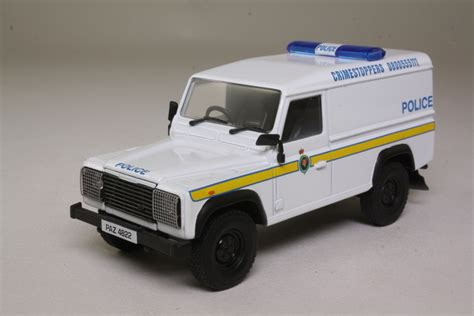 land rover corgi corgi classics cc07712 land rover 110 defender royal