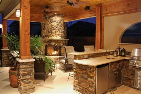 a simple outdoor kitchen that matches the indoor kitchen 25 outdoor kitchen designs that will light up your grill