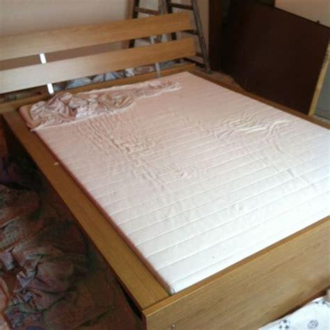 larghezza letto una piazza e mezzo letto da una piazza e mezzo in legno misure lunghezza 2