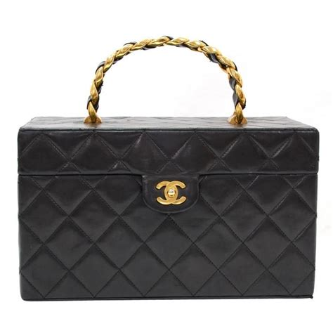 Chanel Vanity 1 vintage chanel vanity black quilted leather large cosmetic