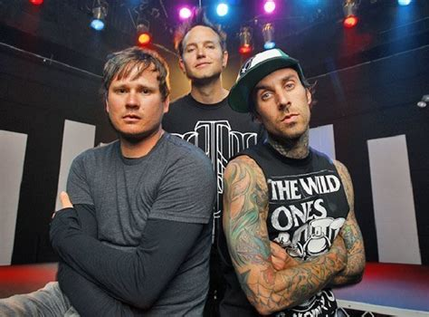 Mcr Custompaint blink 182 has recorded five new songs without tom delonge