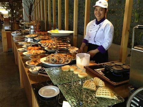 breakfast buffet picture  grand inna kuta kuta