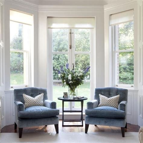 bay window ottoman 25 best ideas about bay windows on pinterest bay window