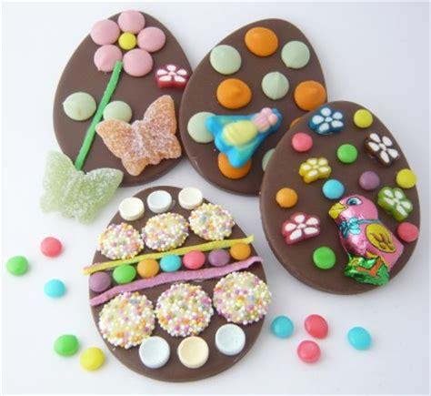 como decorar los huevos de pascua con glase real huevos de pascua de chocolate fiestas coquetas blog