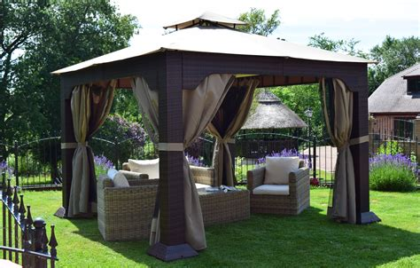 tenda gazebo regent 3 3m x 3 3m rattan weave gazebo weaves furniture
